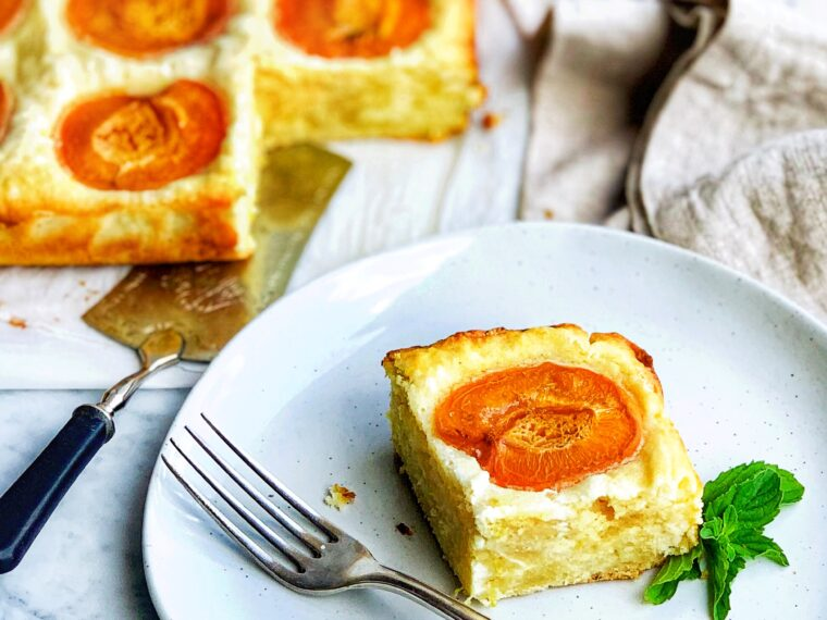 French Apricot Cake